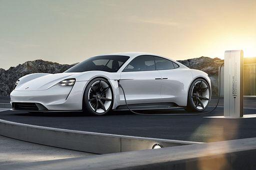 Der neue Porsche Taycan geht 2019 in Serie.