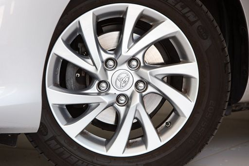 Auris  TS 1,8 VVT-i Hybrid Active, Active, 99 PS, 5 Türen, Automatik
