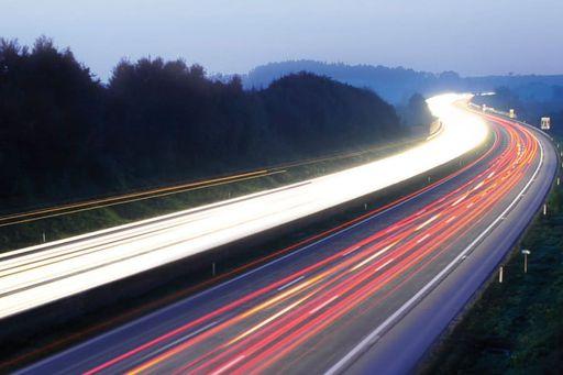 Ab 1. August 2018 darf man auf 2 Testabschnitten der A1 mit Tempo 140 unterwegs sein. FOTO: ASFINAG