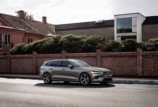 neuer-Volvo-V60-01