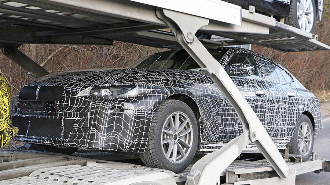 BMW i4 Erlkönig Fotos