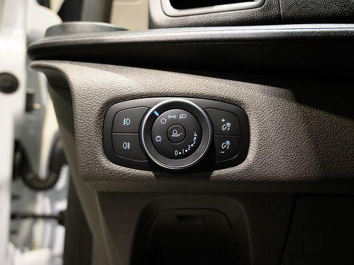 Transit Custom  Variobus 2,0 TDCI L2H1 320 Trend, Trend, 131 PS, 5 Türen, Schaltgetriebe