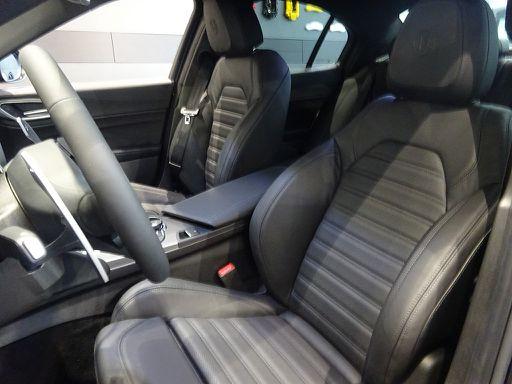 Giulia  B-Tech 2,0 200 ATX RWD, B-Tech, 201 PS, 4 Türen, Automatik-117336