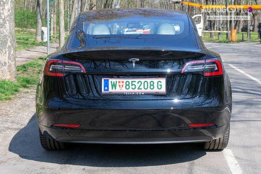 Tesla Model 3 Außen