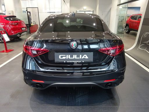 Giulia  B-Tech 2,0 200 ATX RWD, B-Tech, 201 PS, 4 Türen, Automatik