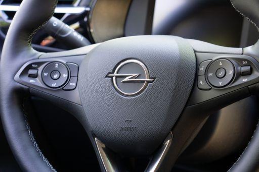 Opel Corsa-e Innenraum Cockpit