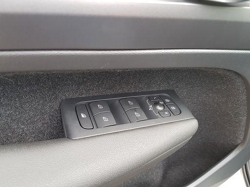 XC40  D3 Momentum Pro AWD Geartronic, Momentum Pro, 150 PS, 5 Türen, Automatik