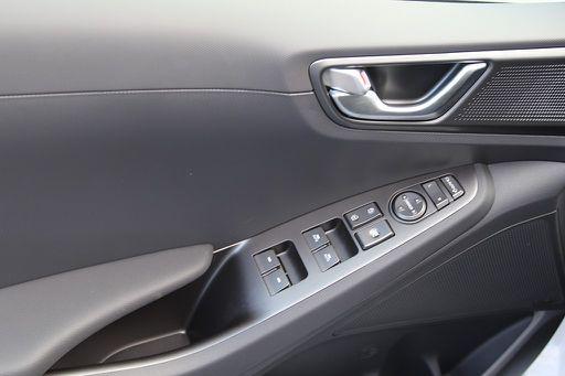 IONIQ Elektro Ioniq Elektro Level 4 Aut., Level 3, 120 PS, 5 Türen, Automatik