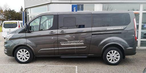 Tourneo Custom  2,0 EcoBlue 320 L2 Titanium Aut., Titanium, 186 PS, 4 Türen, Automatik